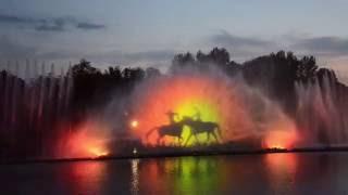 Фонтаны Винницы.Лазерное шоу.(Уникальный светомузыкальный фонтан, что в Виннице, по своим техническим характеристикам можно сравнить..., 2016-08-17T05:43:36.000Z)
