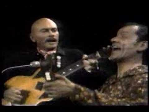 Yul Brynner sing «Two guitars»