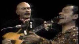 Yul Brynner sing «Two guitars»