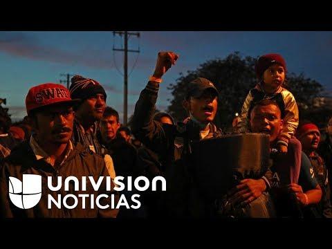 Tensión en la frontera con Tijuana luego de que un grupo de la caravana marchara a la garita
