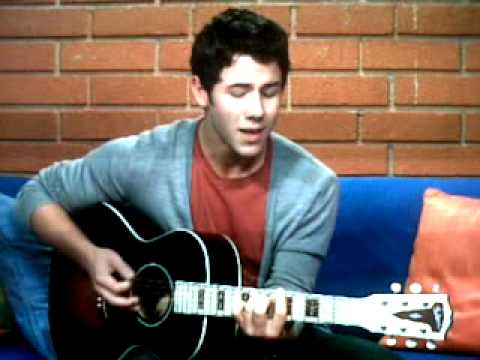 Olive and an arrow/Grenade (cover)-Nick Jonas (Cambio chat)