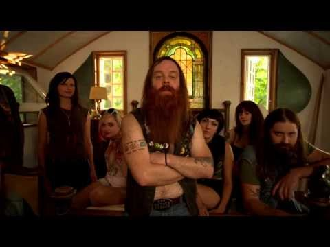 Valient Thorr - Torn Apart [Official Music Video]