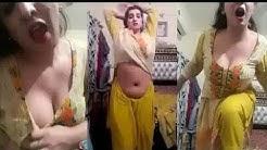 Semi nude bhabhi in salwar