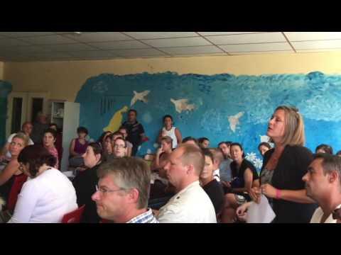 4/5 : Centre de migrants à Forges Les Bains : réunion parents d'élèves (10/09/16)