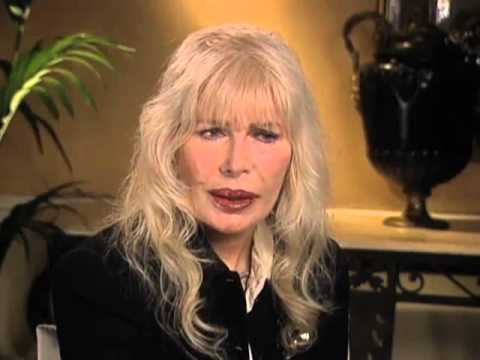 "Loretta Swit on researching her ""M.A.S.H"" character ""HotLips"" - EMMYTVLEGENDS.ORG"