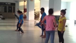 tập múa - quê hương tình yêu và tuổi trẻ