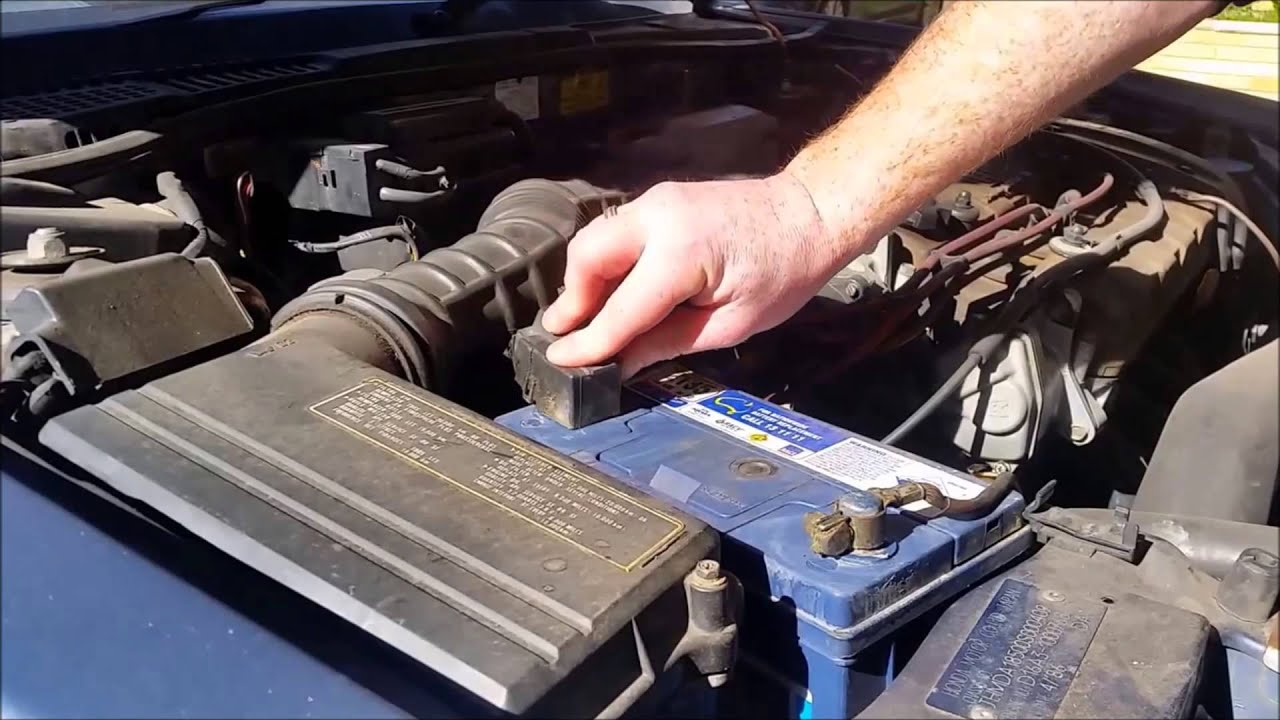 The quickest easiest way to clean corroded car battery terminals youtube