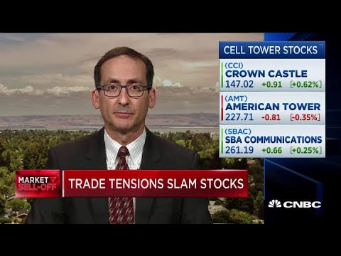 Here's why this analyst has an 'outperform' call on cell tower stocks