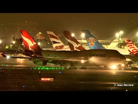 Night Plane Spotting at LAX