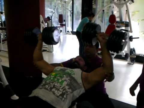 happy paaji (doing workout at planet health )