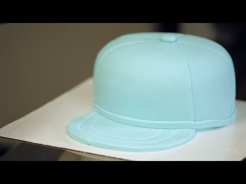 How to Make Brim for Baseball Cap Cake  4f76587c45e