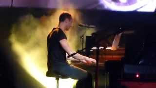 """Coldplay: """"Fix You"""" (Live @ Enmore Theatre, Sydney, 19/06/14)"""