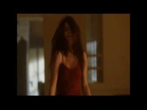 Taio Cruz With Selena Gomez - Dynamite (The Best Dance Video)