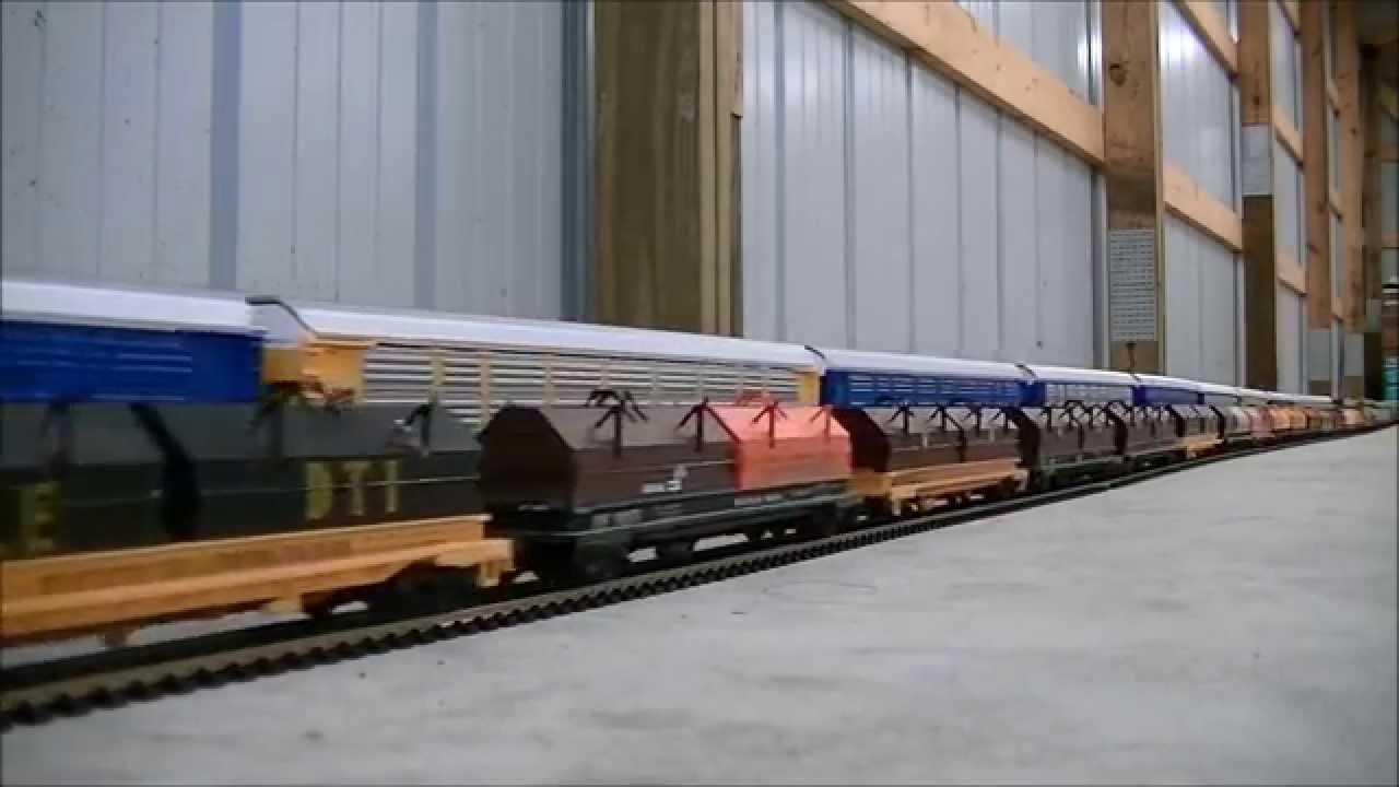 EPIC WORLD RECORD LONGEST MODEL HO SCALE TRAIN 1,662 cars 25 Locomotives -  YouTube