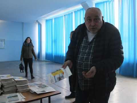 Местные Вести: В Мелитополе студенты слушали отчет мэра