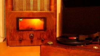 Marconi 559 Valve radio playing Artie Shaw Deep Purple