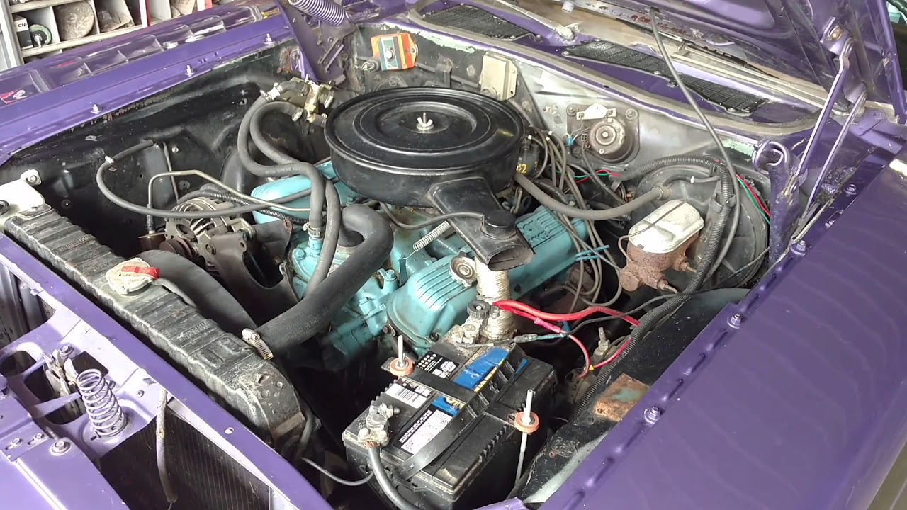 1972 Dodge Challenger 318 Cid Engine