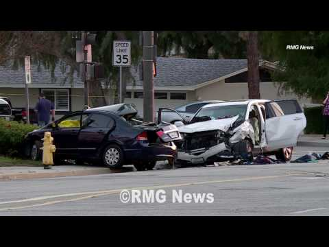 Two men killed after a high speed crash in Thousand Oaks, California. thumbnail