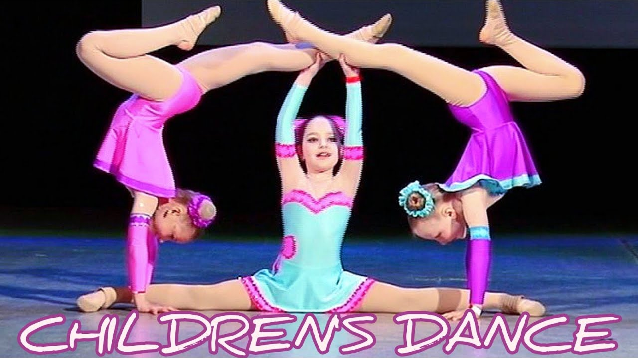 "Download Cheerful dance - ""Three girlfriends"" (dancing children 7 years old)."