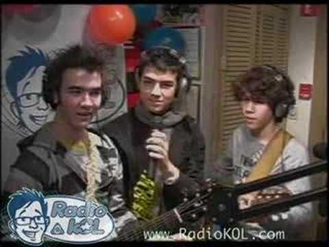 Jonas Brothers Interview - Part 1