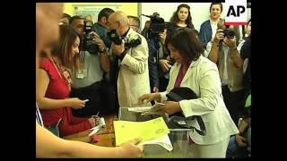 WRAP +4:3 Polls open, Erdogan, sot, CHP leader voting