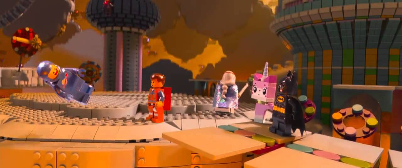 "The LEGO Movie | ""Escape from Cloud Cuckoo Land"" Clip [HD] - YouTube"
