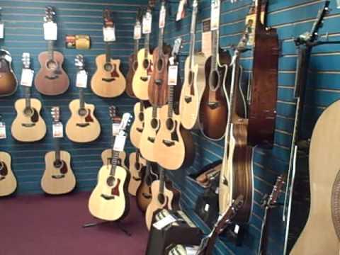 George's Music Orlando: Acoustic Room