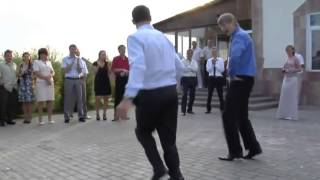 Russian Wedding Dance Off That Puts All Dance Offs To Shame