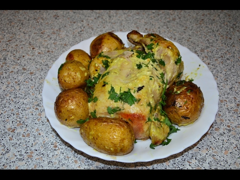 Ароматная и сочная курица с картошкой в рукаве (пакете) в духовке