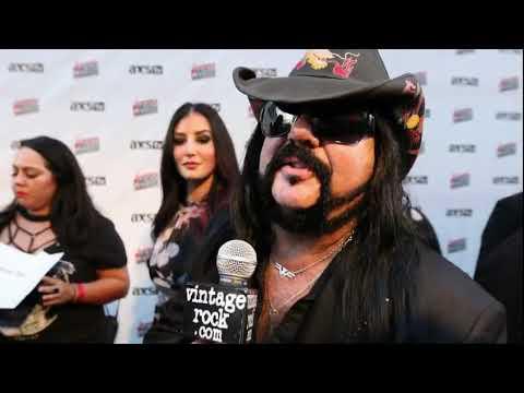 2017 Loudwire Music Awards: Vinnie Paul (Hellyeah) Interview