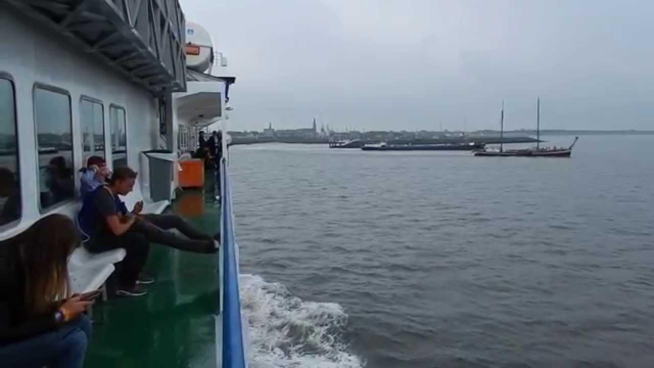 ... naar Harlingen met veerboot