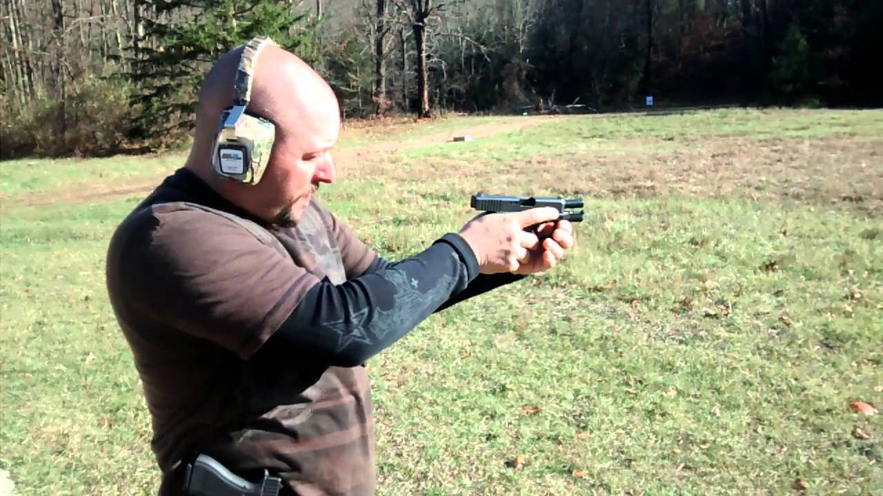 Glock 27 Gen 4 In 40 Cal Carry Weapon With A Pop To It Youtube