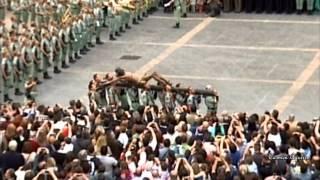 EL NOVIO DE LA MUERTE: La Legión con su Cristo (Málaga 2012) thumbnail