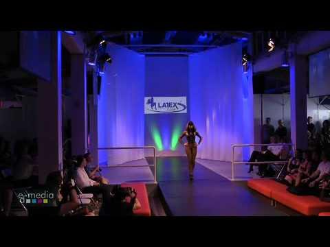 Latexpo Fashion Show Edelfettwerk in Hamburg 2010