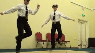 Танец моряков  -   Михаил и  Петр Сальниковы