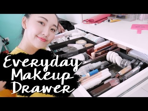 (Giveaway-closed)我的常用彩妝收藏 What's In My Everyday Makeup Drawer