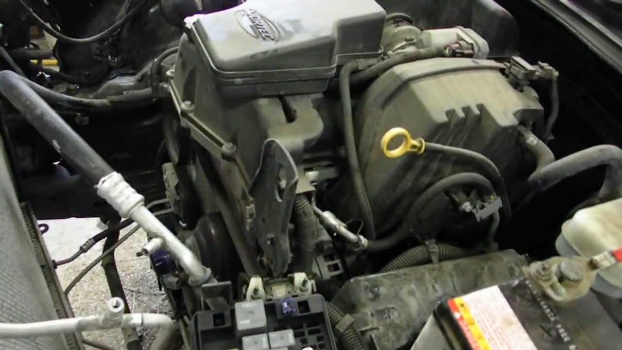 Colorado 2005 chevrolet colorado parts : 2006 Chevy Colorado Engine Cover. 2006. Engine Problems And Solutions