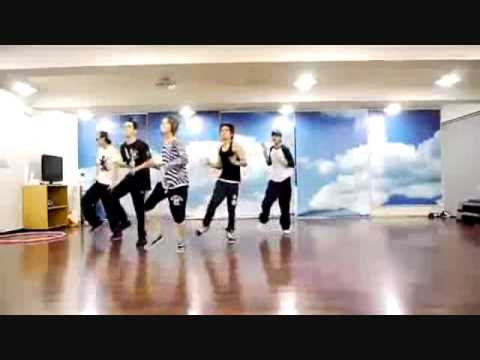 Shinee dancing 2012wmv