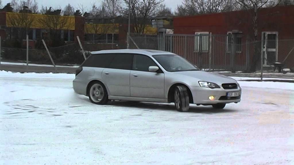 Subaru Legacy Station Wagon 2 0r My2006 In The Snow Youtube