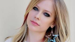 Avril Lavigne | Net worth, lifestyle, And More