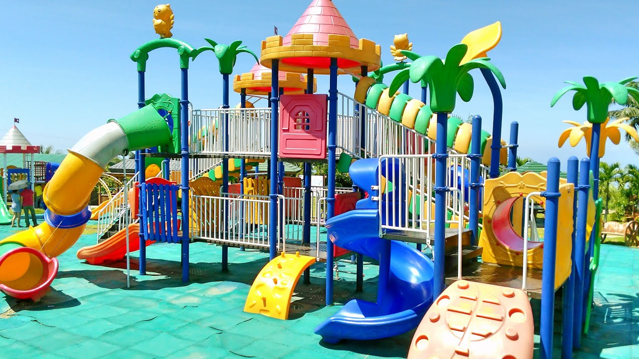 Outdoor Playground Fun for Children Family Park with Slides
