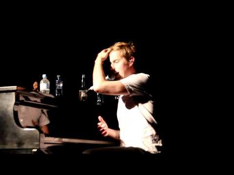 Why Andrew McMahon Won't Play Konstantine [Live in Sydney, Australia]