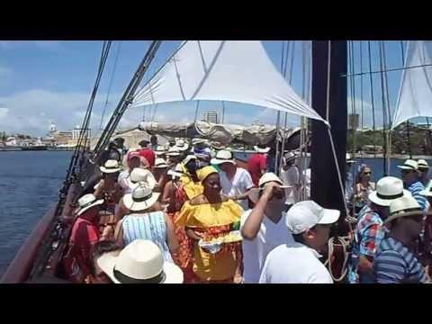 Fiesta Fin de Año 2020 Fiesta 31 Diciembre 2020 Cartagena de Indias Colombia Velero Phantom Cartagena de Indias Muelle la bodeguita reserva contacto cupos puestos