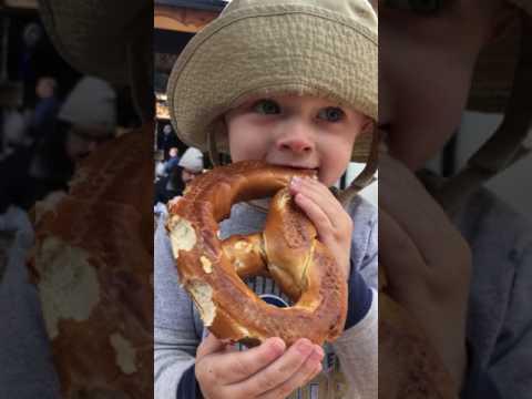 061017 Todd Eating Soft Pretzel (Munchen Haus)
