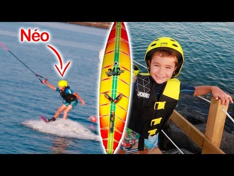 ON FAIT DU SURF ! Swan et Néo Testent le Wakeboard en Mer 🌊