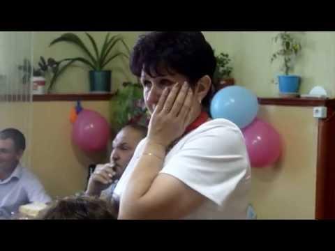 реакция мамы на поздравление сына, который не смог приехать на день рождения. - Ржачные видео приколы