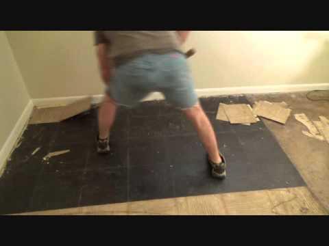 an-easy-way-to-remove-vinyl-floor-tiles