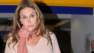 Repeat youtube video Caitlyn Jenner Returns To LA After Trump's Inaugural Ball
