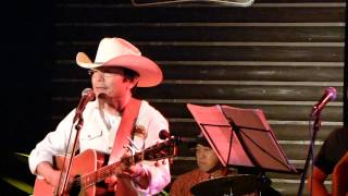 9. The Cowboy And The Lady(須賀さん) / カントリー道路 M-8