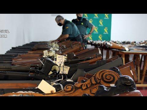 La Guardia Civil de Murcia celebra la subasta de armas de este año